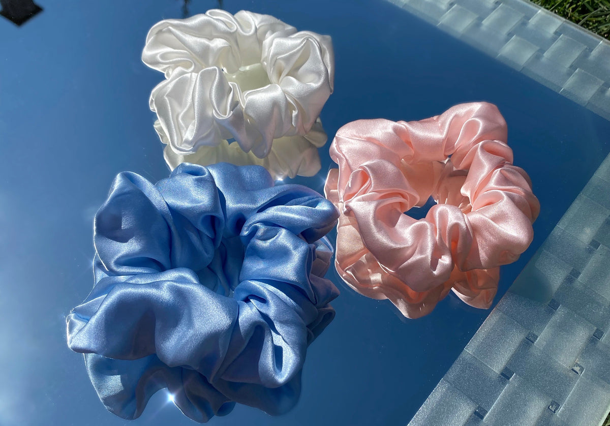 honeylux.co - Bela - Large Deluxe Mulberry Silk Scrunchie