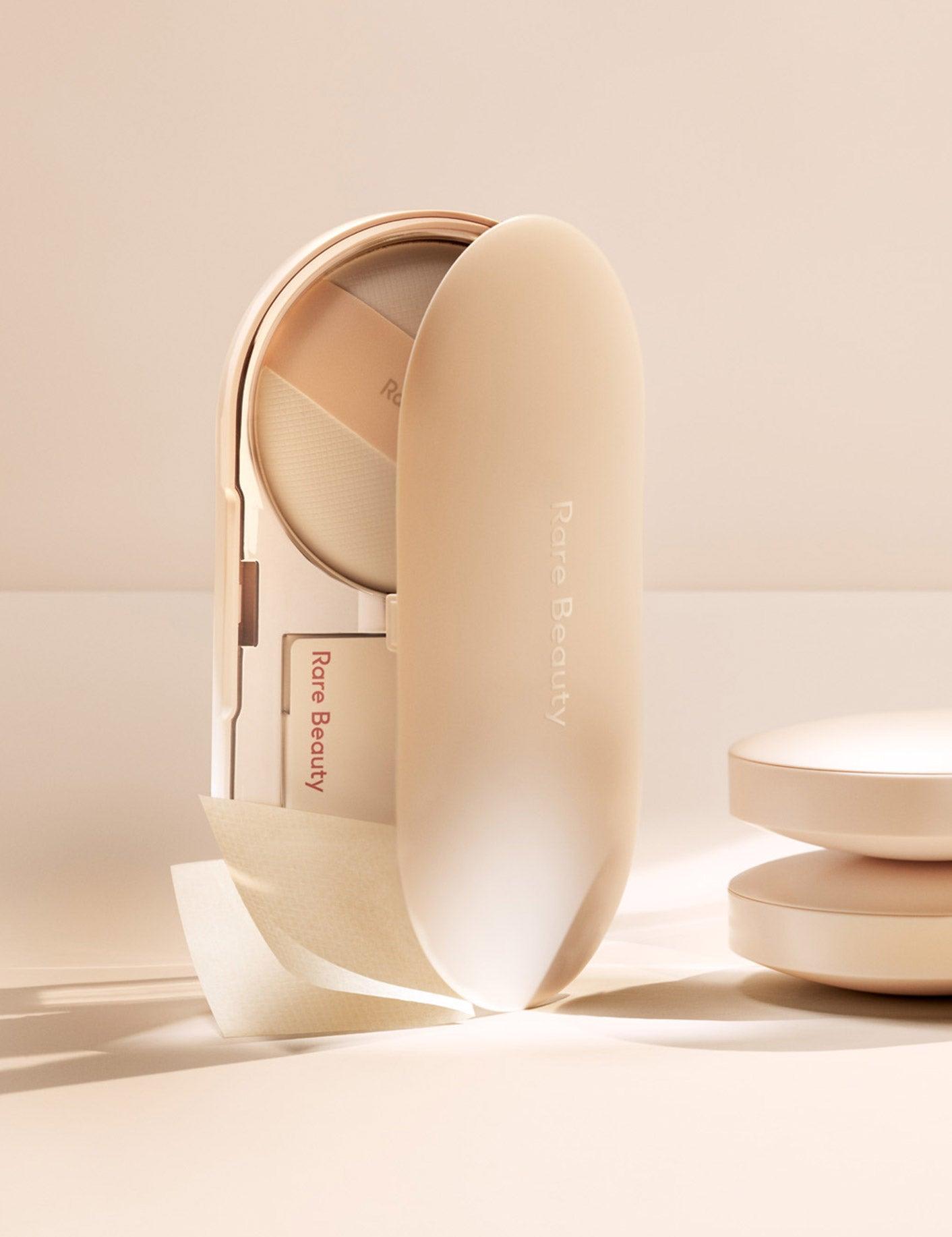 Weightless - Liquid Touch Weightless Foundation