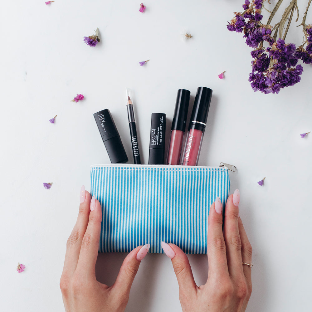 lipmonthly.com - Full-Size Items - No Samples!