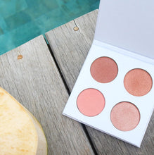 seraphinebotanicals - Happy Hibiscus Palette - 99% Natural Blush Palette for All Skin Tones