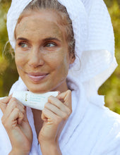 Purify, Refresh and Stimulate - 2-in-1 Purifying Facial Mask and Exfoliator