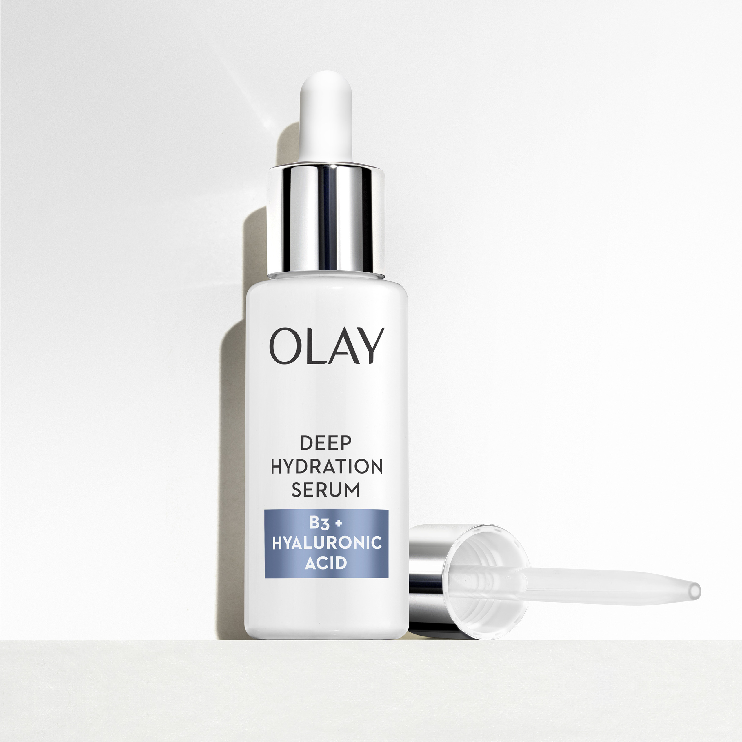 Olay - Serum Deep Hydration Vitamin B3 + Hyaluronic Acid