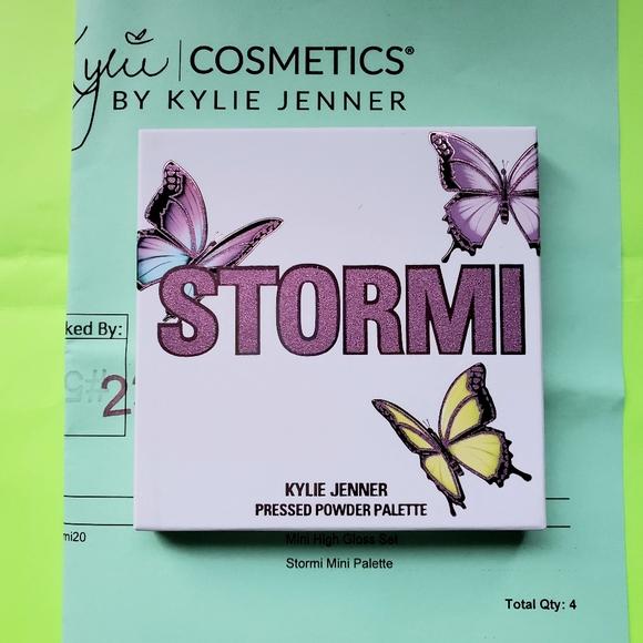 Kylie Cosmetics - Stormi Mini Palette