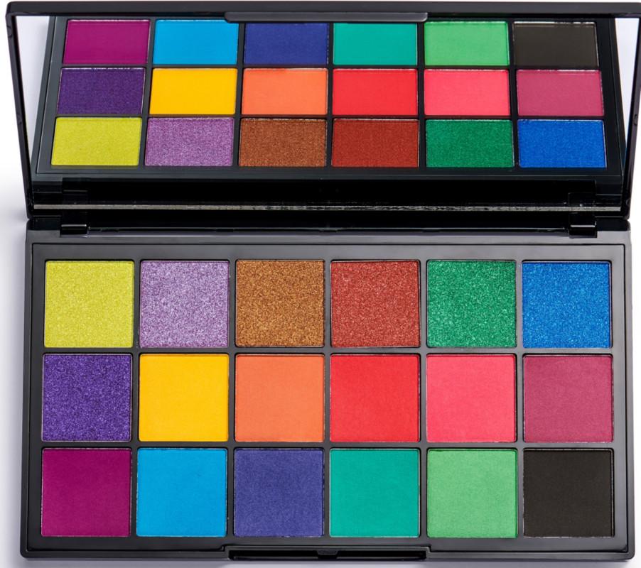 Makeup Revolution - Makeup Revolution Revolution x Tammi Tropical Carnival Eyeshadow Palette