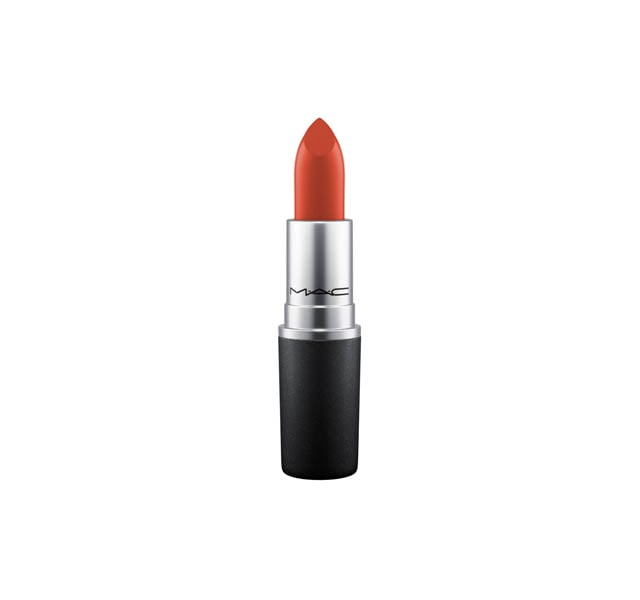 MAC - A creamy rich Lipstick formula with high colour payoff in a no-shine matte finish.