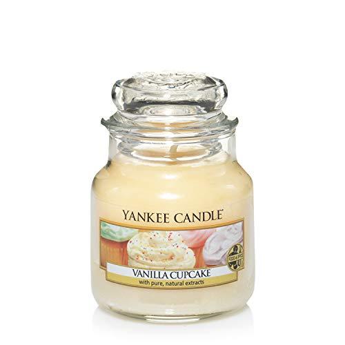 Yankee Candle - Yankee Candle Vanilla Cupcake Piller 12oz Candle
