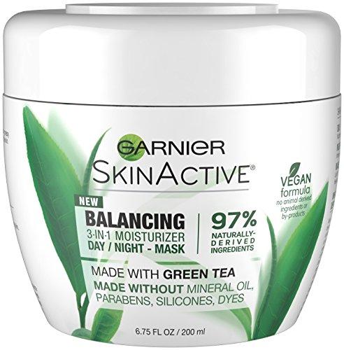 Garnier - SkinActive 3-in-1 Face Moisturizer with Green Tea, Oily Skin