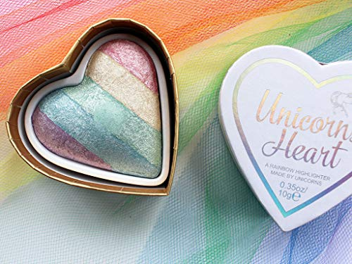 Makeup Revolution - Unicorn Heart Blushing Hearts Triple Baked Rainbow Highlighter